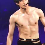 中島健人の筋肉・腹筋画像!筋トレ方法やスタイルが良い秘訣は?